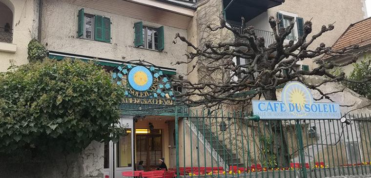 Façade du restaurant Café Soleil