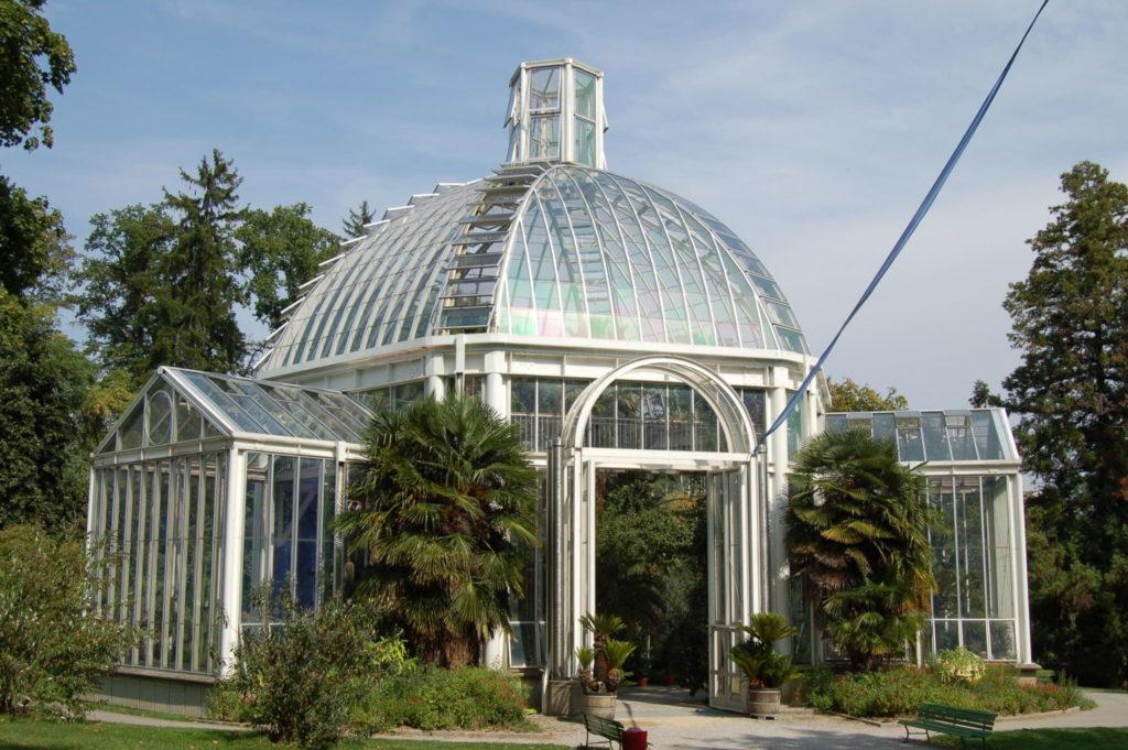 Vue sur la Serre du jardin botanique de Genève