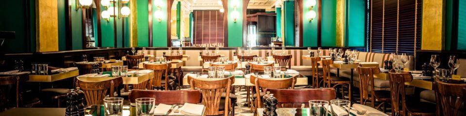 Salle du restaurant café lyrique genève