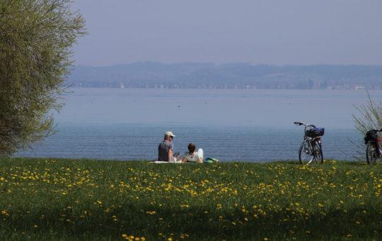 tour à vélo au lac