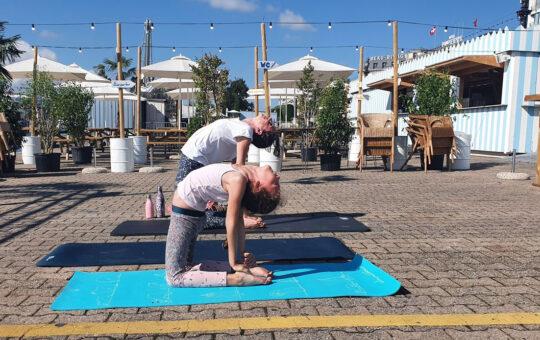 yoga bronzette