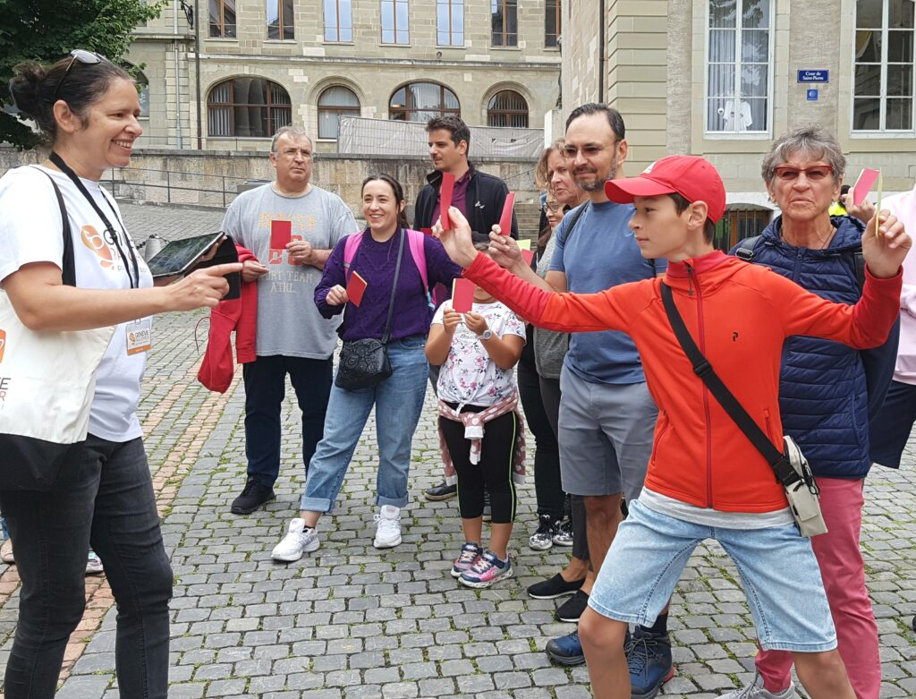 groupe personnes rue Genève balade visite